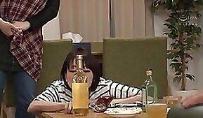 Arab school girl sucki after work on her parents table